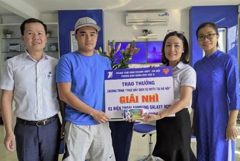 Khách hàng MyTV tại Hà Nội nhận thưởng chương trình khuyến mại đợt 2